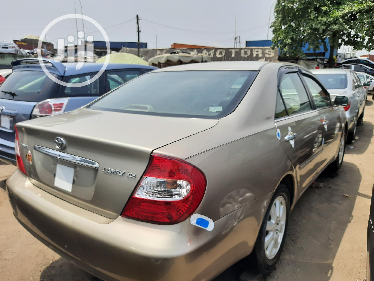 Toyota Camry 2004 Gold | Cars for sale in Apapa, Lagos State, Nigeria