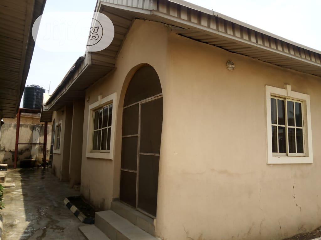 Newly Built 2 Bedroom Bungalow At Odo Olan Elewe Off Akala Exp Ibadan | Houses & Apartments For Sale for sale in Oluyole, Oyo State, Nigeria