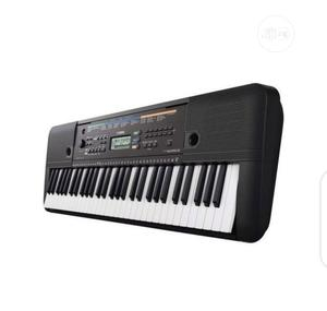 Yamaha Keyboard PSR-E263 Piano With Adaptor | Musical Instruments & Gear for sale in Lagos State, Surulere