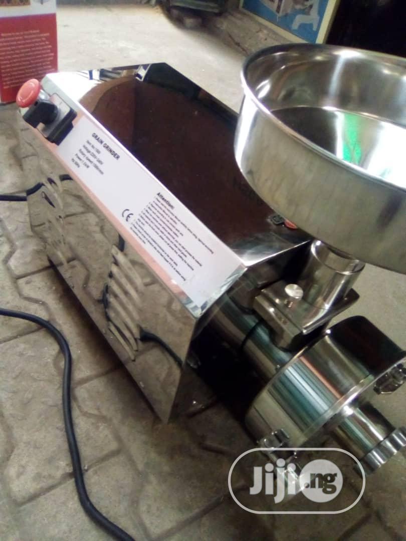 Automatic Powder Grinder