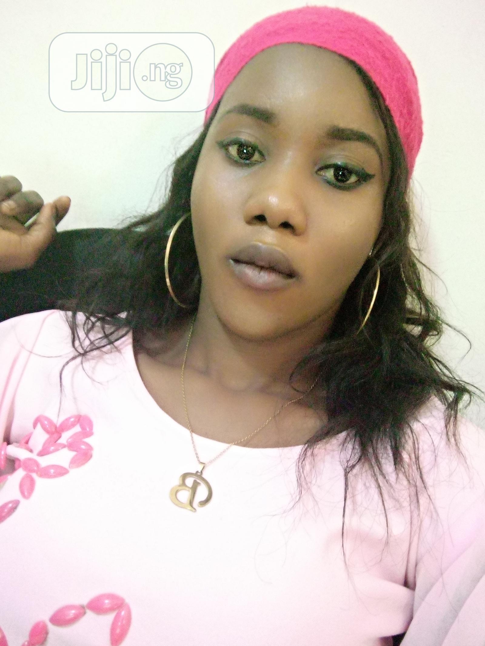 Ushering and modelling