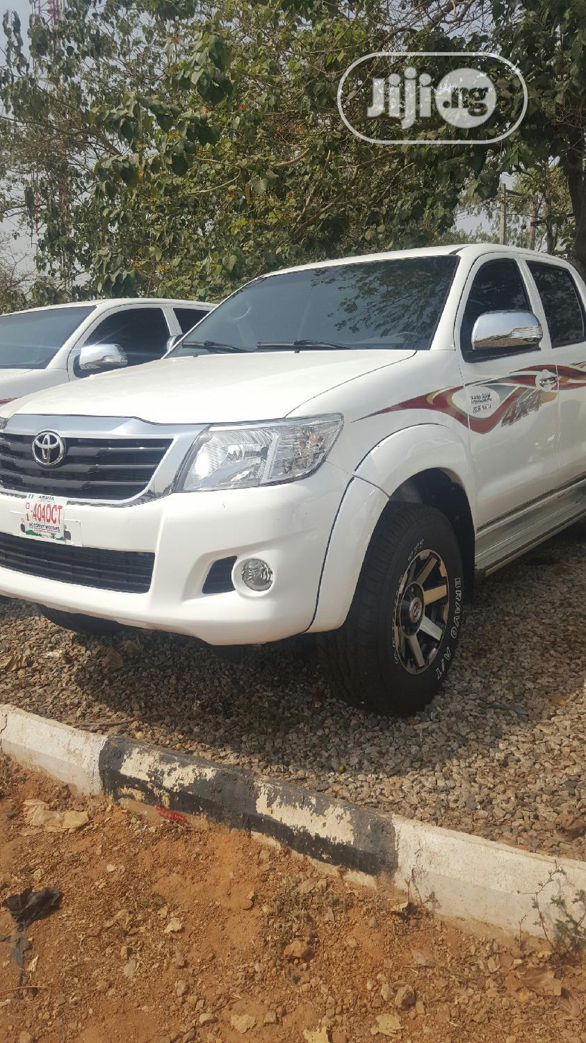 Toyota Hilux 2012 White | Cars for sale in Kubwa, Abuja (FCT) State, Nigeria