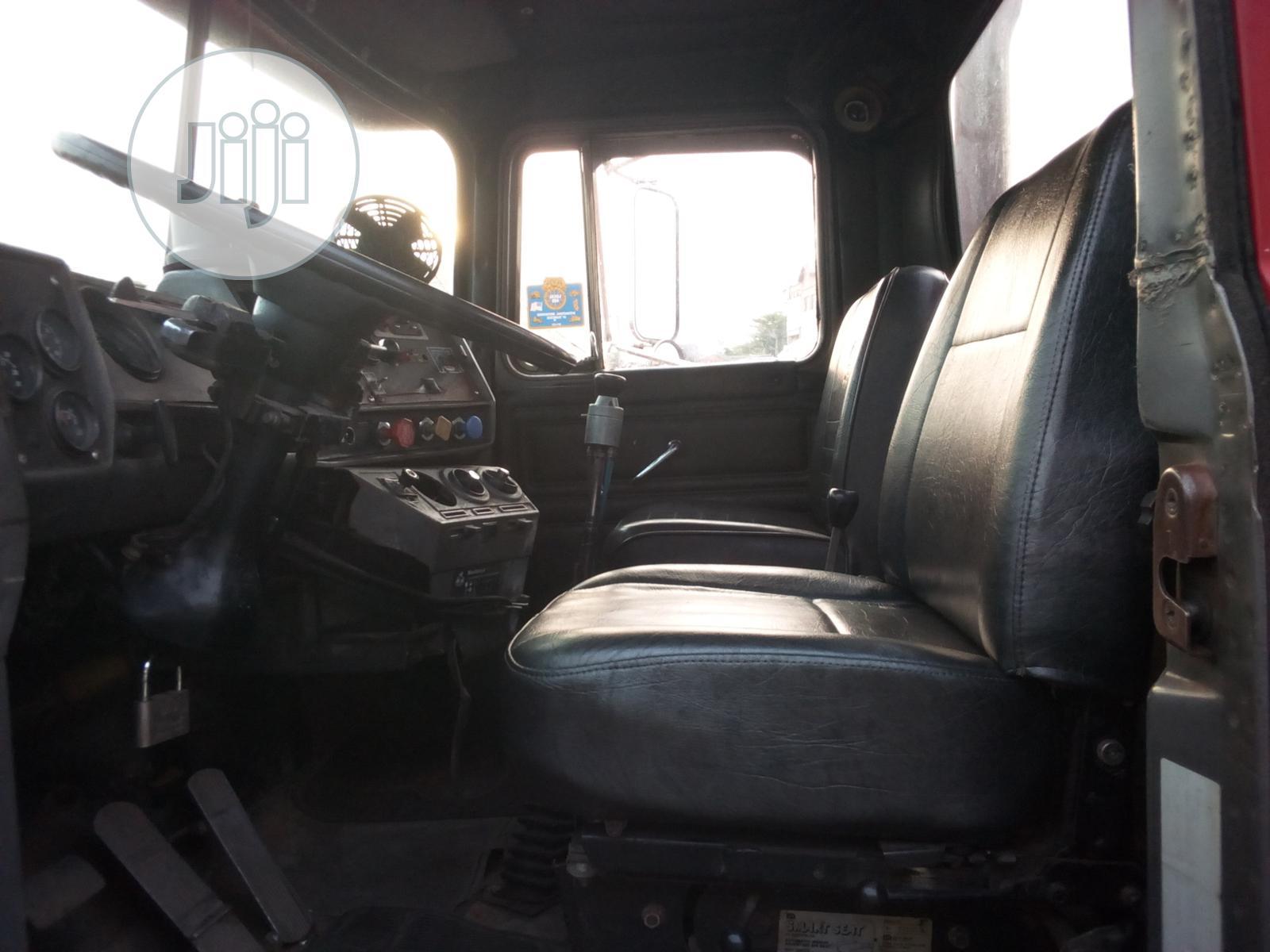 Mack R Model Tractor Head   Heavy Equipment for sale in Apapa, Lagos State, Nigeria