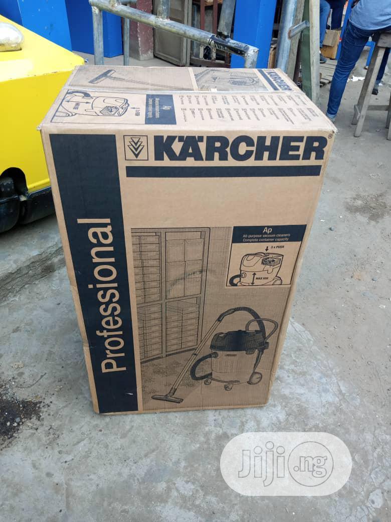 Original KARCHER Professional Vacuum Cleaner