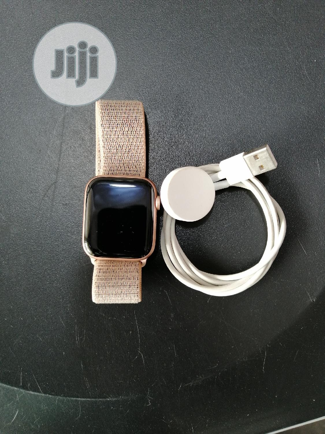Apple Watch Series 4 44mm GPS | Smart Watches & Trackers for sale in Ikeja, Lagos State, Nigeria