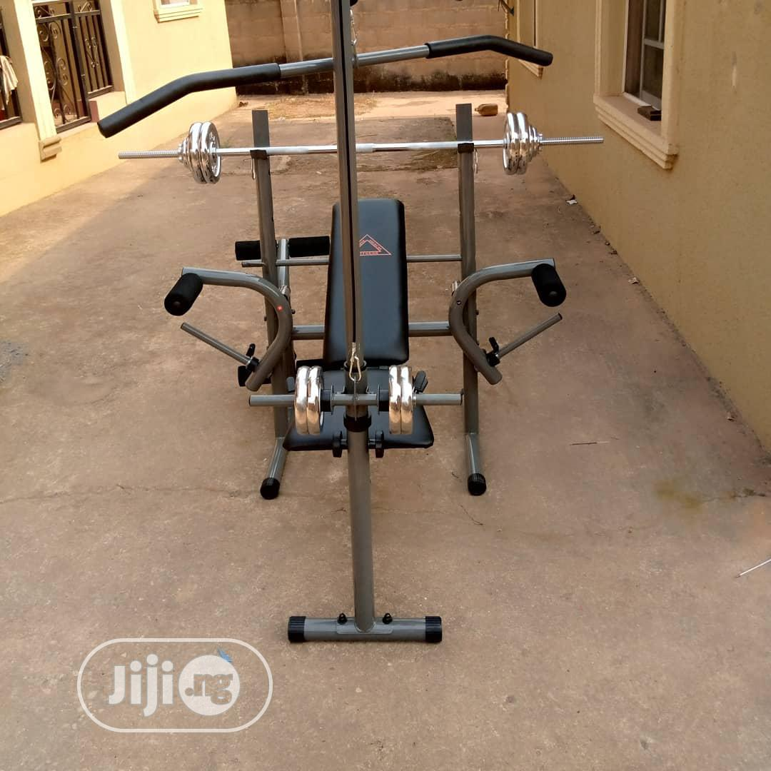 Lat Pull Bench Press With 50kg Weight