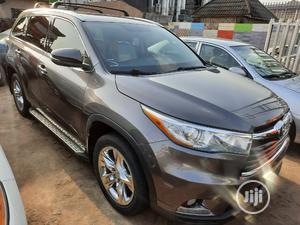 Toyota Highlander 2015 Gray | Cars for sale in Edo State, Benin City