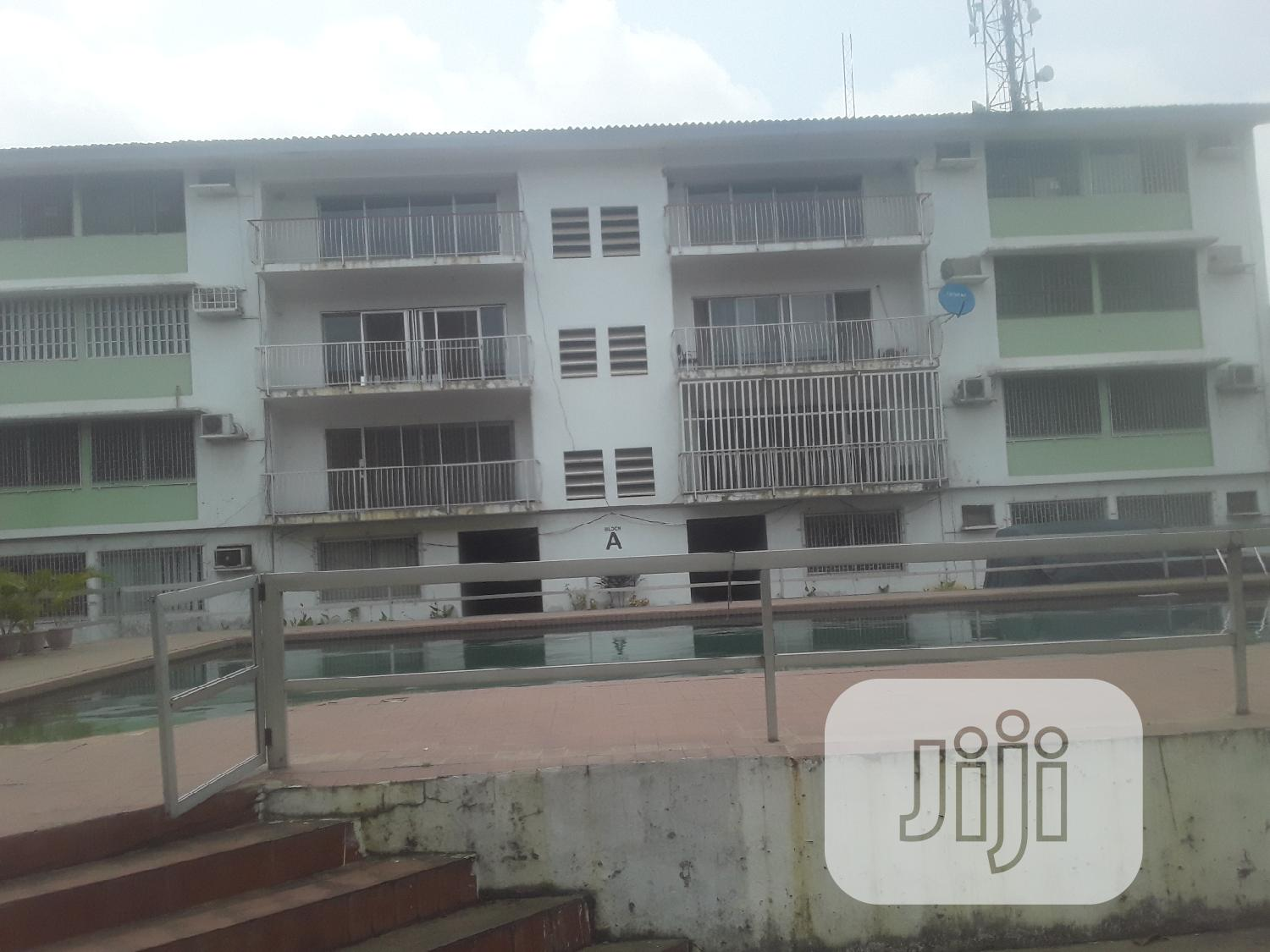 3bedroom Flat Service Apartment To Let At Ikeja GRA | Houses & Apartments For Rent for sale in Ikeja, Lagos State, Nigeria