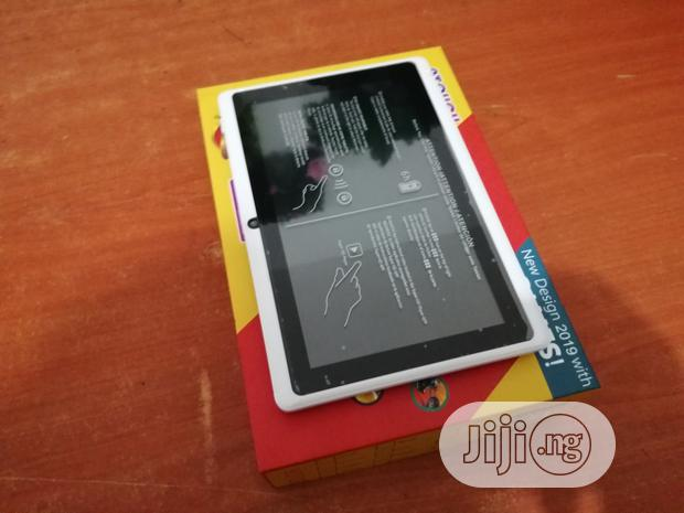 New Atouch A709 16 GB Pink