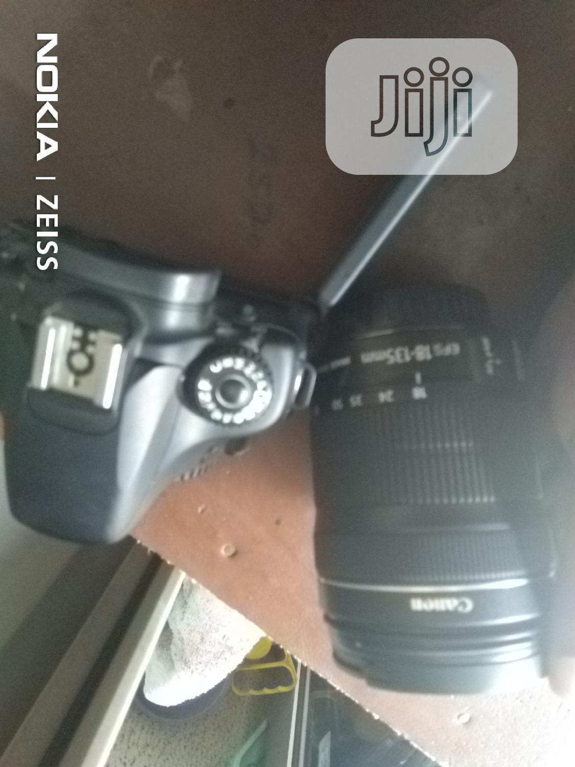 Canon Camera 60d With Lens Direct Uk Used | Photo & Video Cameras for sale in Ikeja, Lagos State, Nigeria