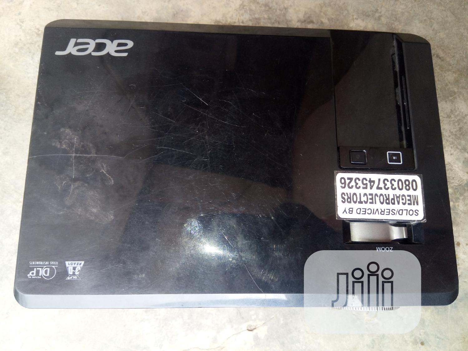 Portable Acer Projector X112 | TV & DVD Equipment for sale in Lagos State, Nigeria