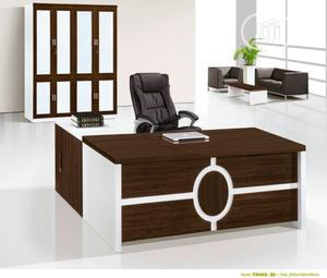 White Executive Table   Furniture for sale in Lagos State, Ojo