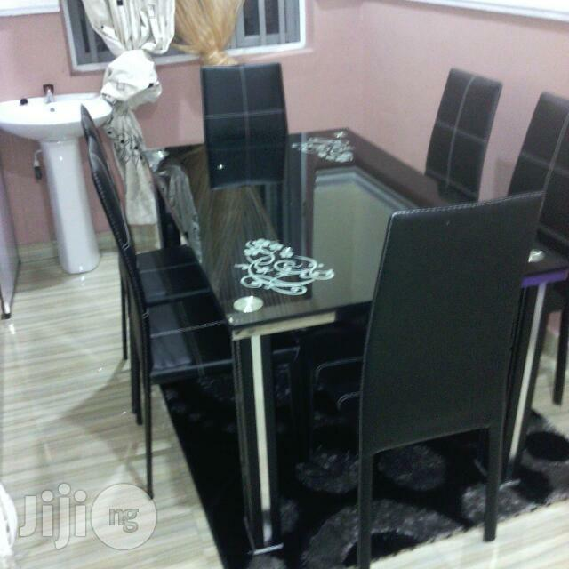 Complete Dinning Table Set