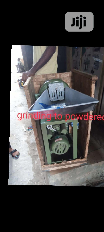 Hammer Mill Grinding Machine
