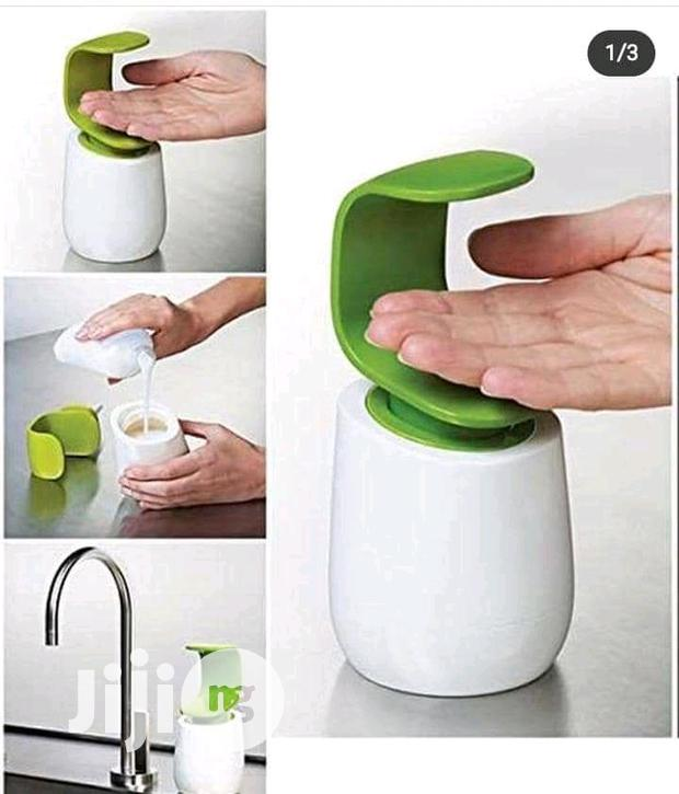 Automatic Soap Dish