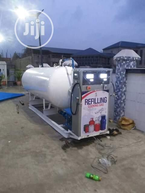 Double Gas Dispenser and Tank