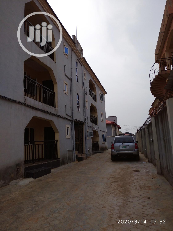 Tastefully Finished 3bedr Flat, Heritage/Madonna Estate, OJODU Berger   Houses & Apartments For Rent for sale in Ojodu, Lagos State, Nigeria