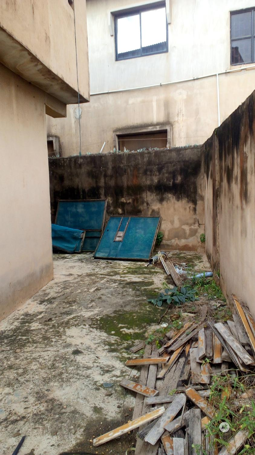 2 No. 2bedroom Flat On A Plot Of Land | Houses & Apartments For Sale for sale in Ojodu, Lagos State, Nigeria