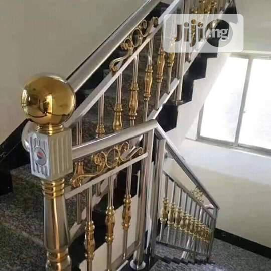 Stainless Crest Handrail