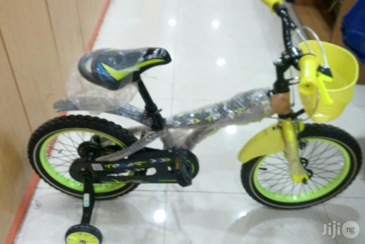 Size 16 Children Riding Bike Black