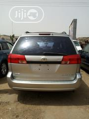 Toyota Sienna 2005 Silver | Cars for sale in Abuja (FCT) State, Nyanya