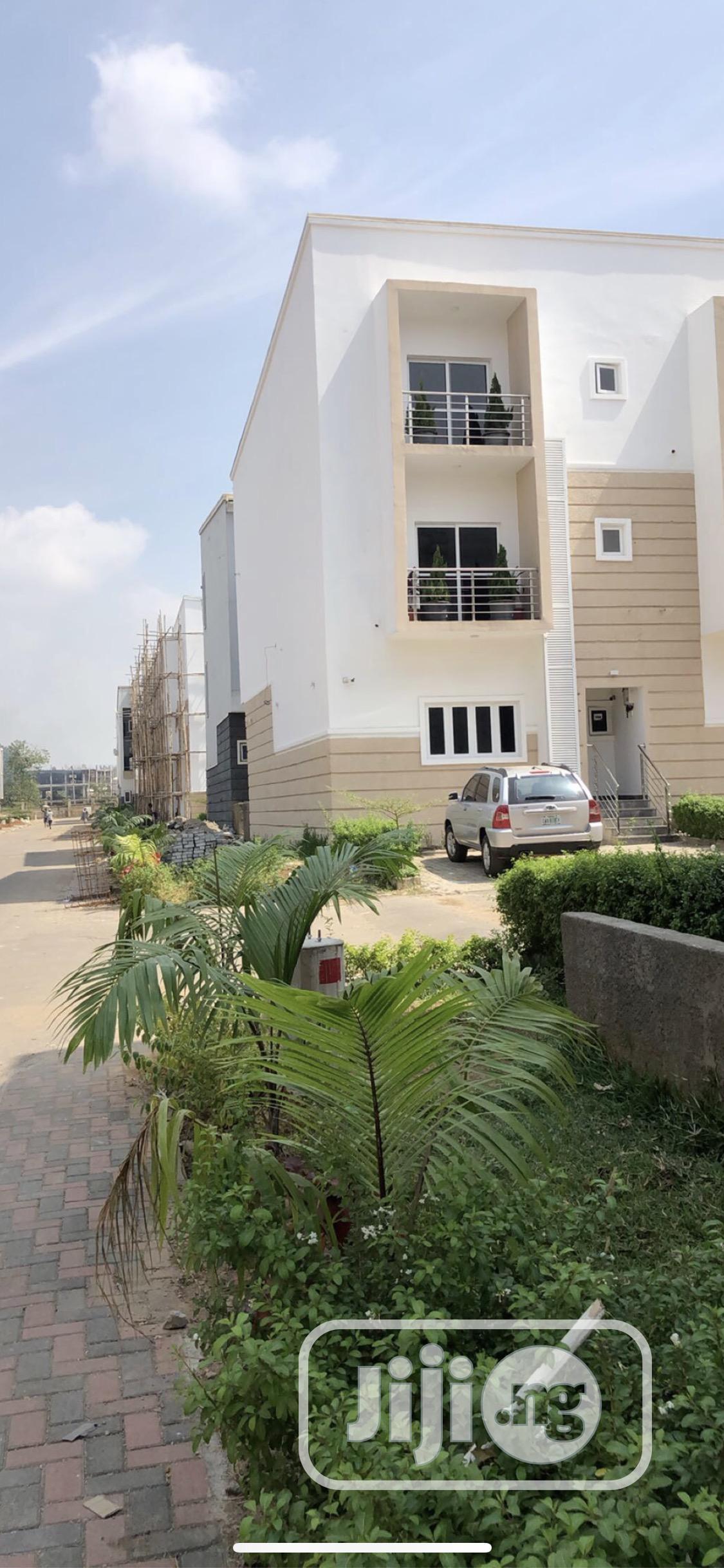 Archive: Promo 4 Bedroom Terrace Duplex With Bq