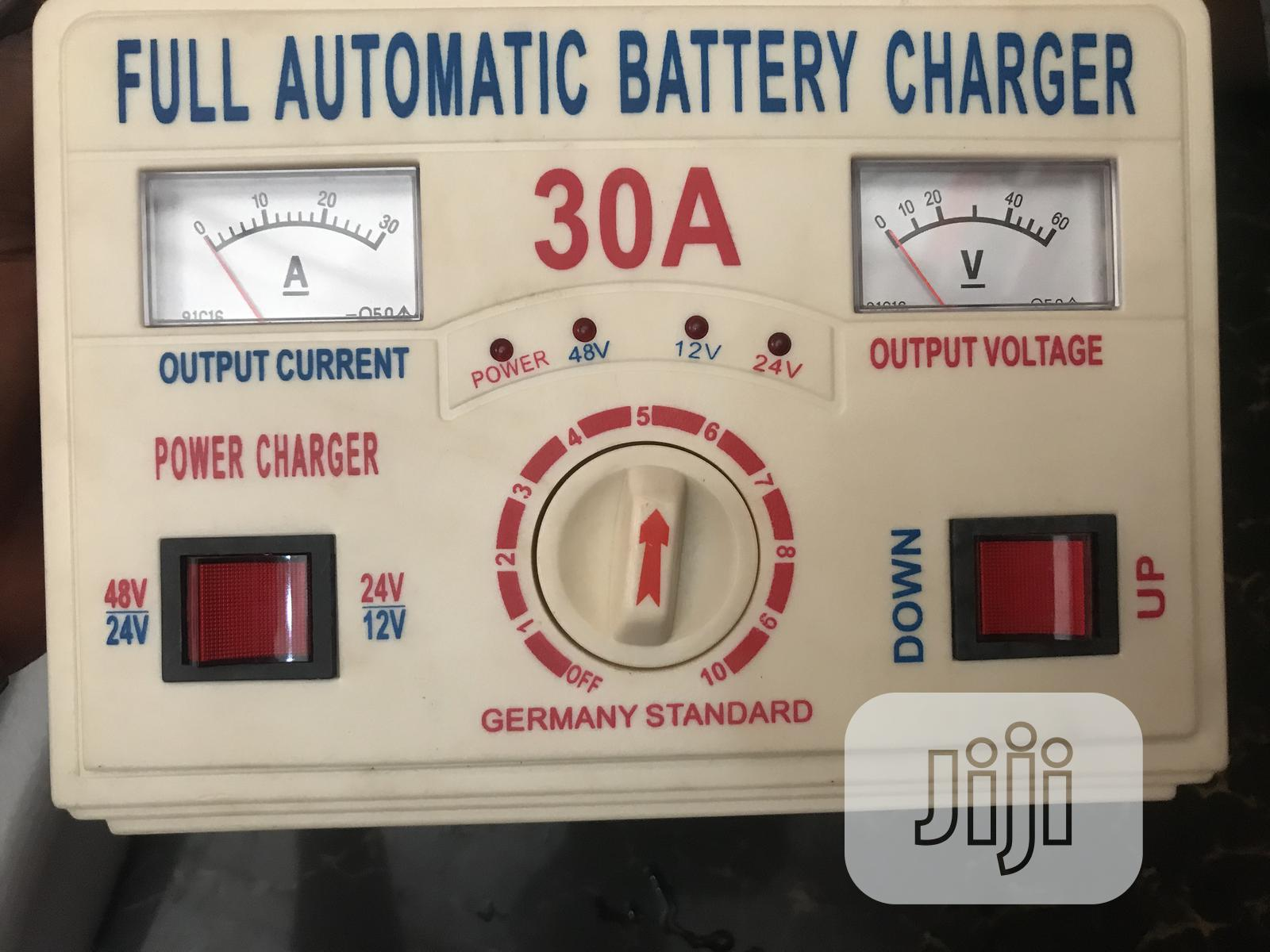 Automatic Battery Charger 30amps 12-48v