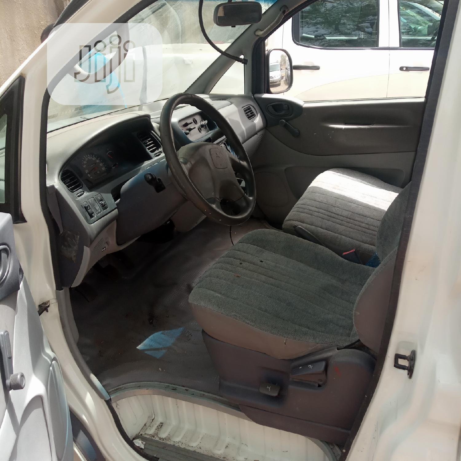 Foreign Used Mitsubishi L300 2002 White | Buses & Microbuses for sale in Gwarinpa, Abuja (FCT) State, Nigeria