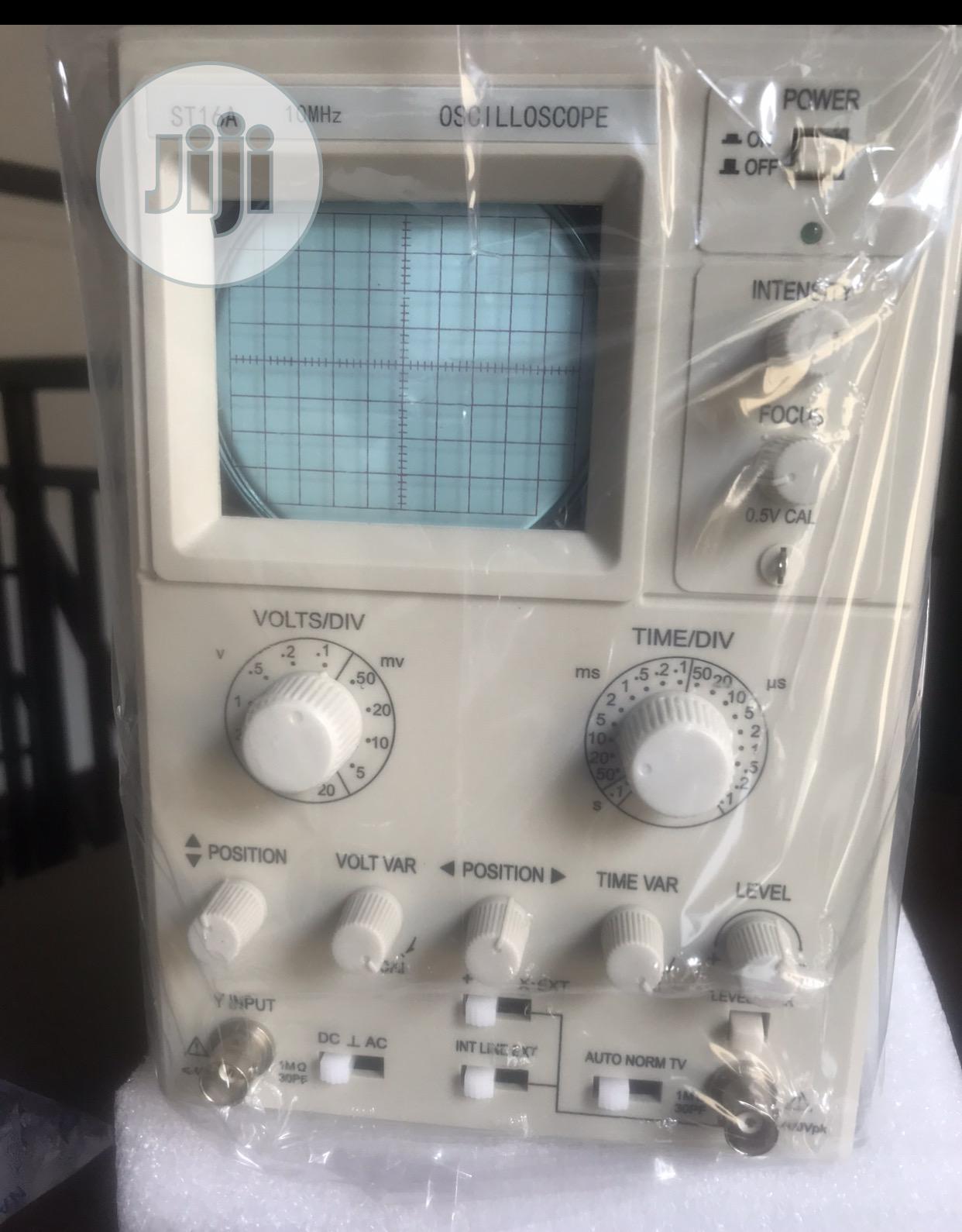 Digital Storage Oscilloscope 10mhz