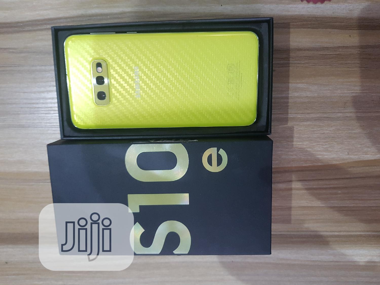 Samsung Galaxy S10e 128 GB Yellow | Mobile Phones for sale in Ibadan, Oyo State, Nigeria