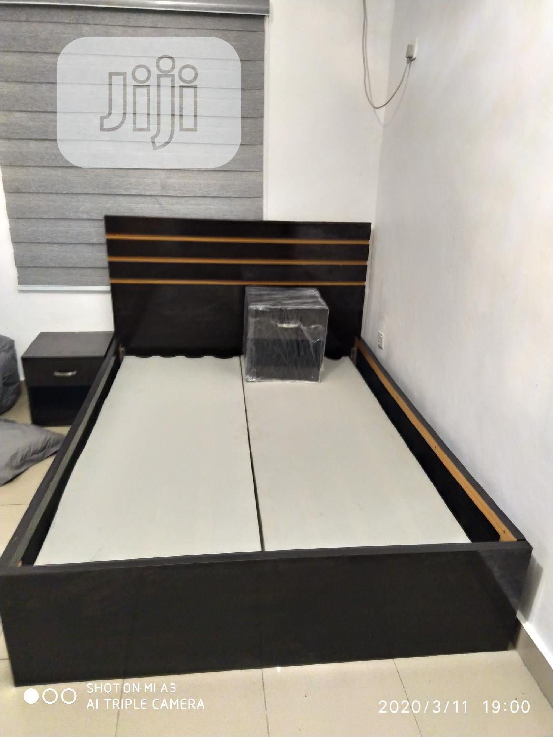 Bedframe 41/2 By 6ft With 2side Drawers