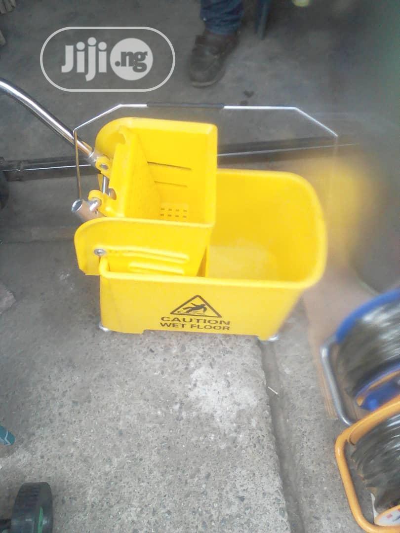 Industrial Mop Bucket With Wheels