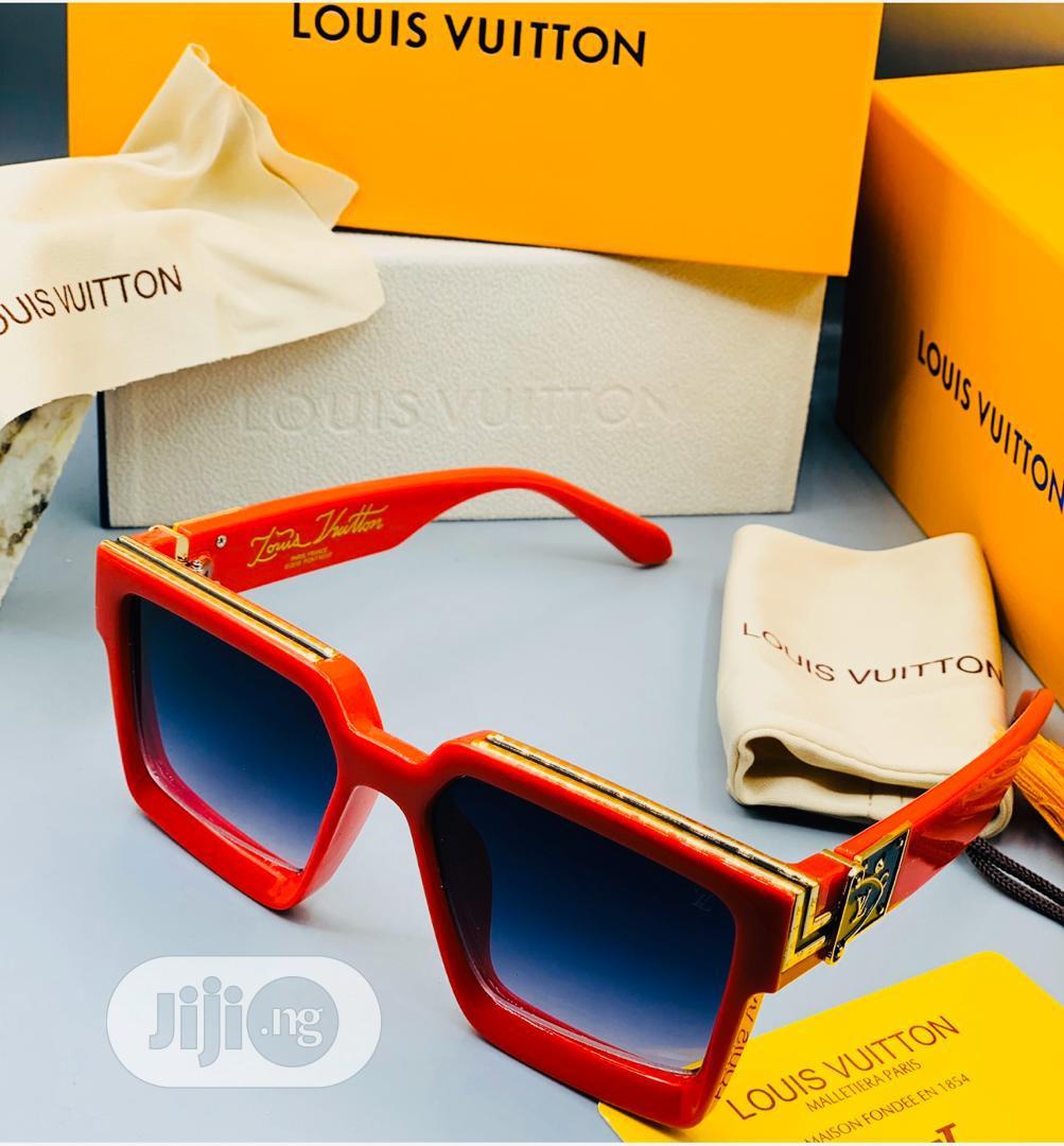 Louis Vuitton (LV) Sunglass for Men's