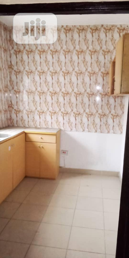 Standard 2bedroom Flat | Houses & Apartments For Rent for sale in Surulere, Lagos State, Nigeria