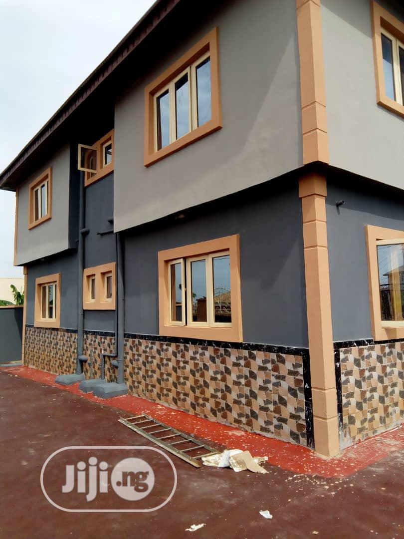 Lovely 3bed Room Flat At Ledway Estate Eruwen Ikorodu