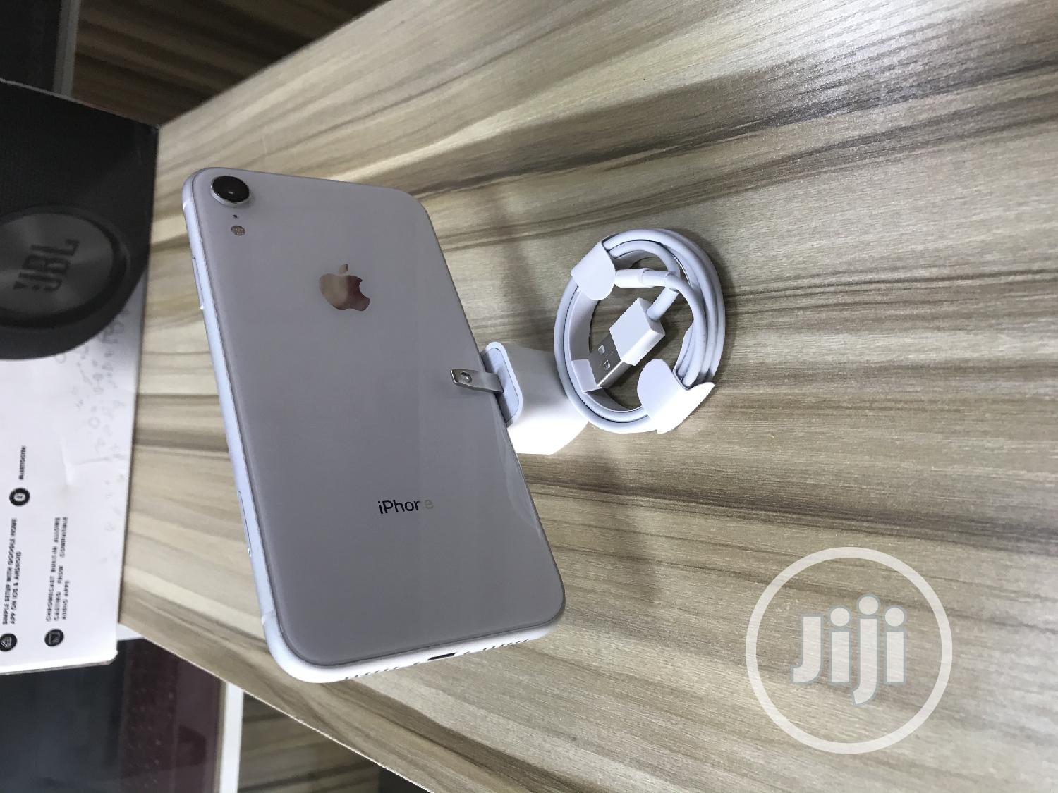 Apple iPhone XR 64 GB White | Mobile Phones for sale in Ikeja, Lagos State, Nigeria
