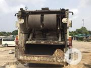 Used Waste Compactor Truck 2004 White For Sale | Trucks & Trailers for sale in Delta State, Warri