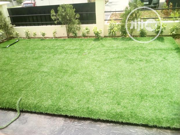 Natural Looking Artificial Grass For Your Compound Landscaping