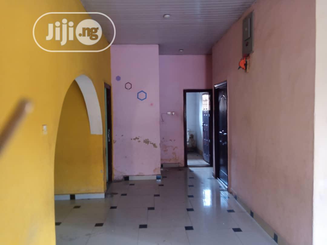 Three Bedroom Flat Apartment Within Felele