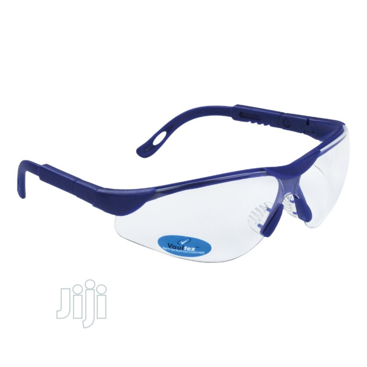 Safety Vaultex Spectacles With Anti-scratch Coating & Anti-fog