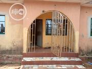 Spacious & Neat 3 Bedroom Flat For Sale. | Houses & Apartments For Sale for sale in Lagos State, Alimosho