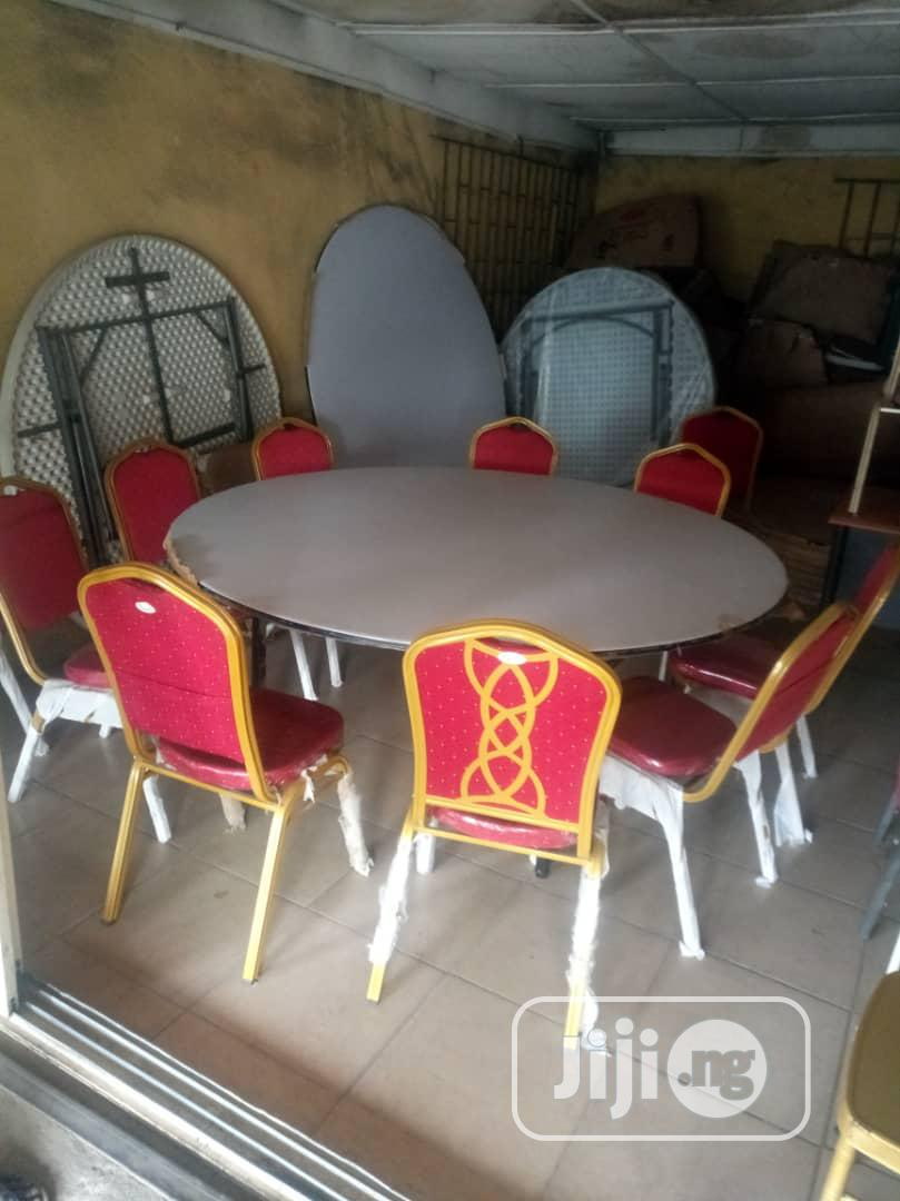 Higher Quality Multipurpose Round Table Of 12 Chairs