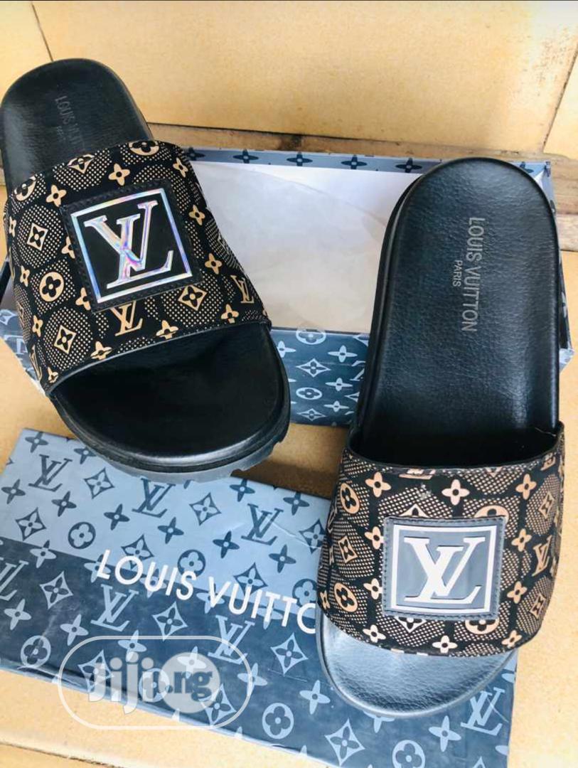 Archive: Louis Vuitton Slippers
