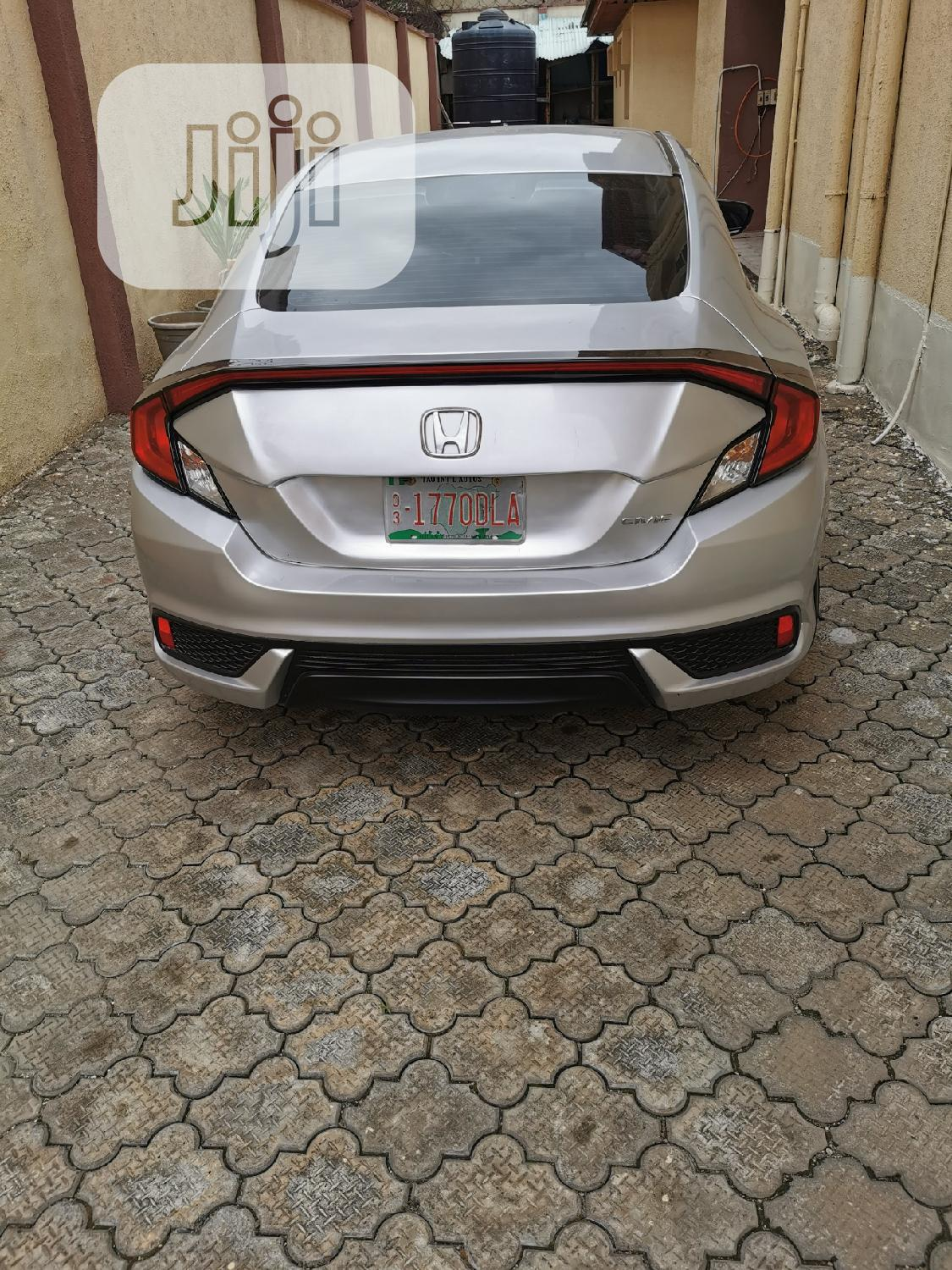 Honda Civic 2018 LX Coupe Silver | Cars for sale in Yaba, Lagos State, Nigeria