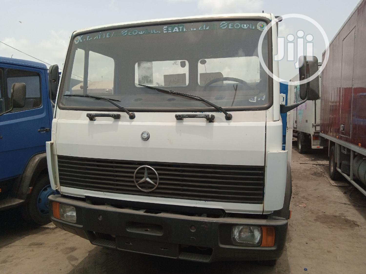 Mercedes Benz 814 Pick Up White Truck   Trucks & Trailers for sale in Apapa, Lagos State, Nigeria
