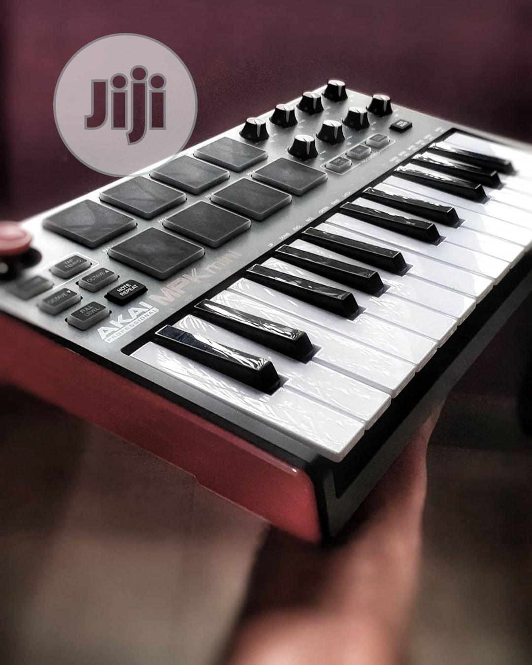 Akai Mpk Mini | Musical Instruments & Gear for sale in Zuba, Abuja (FCT) State, Nigeria