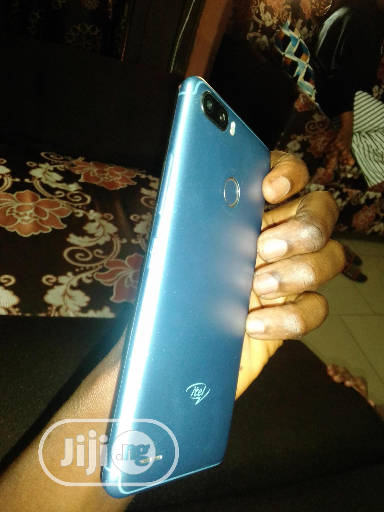 Archive: Itel P32 8 GB Blue