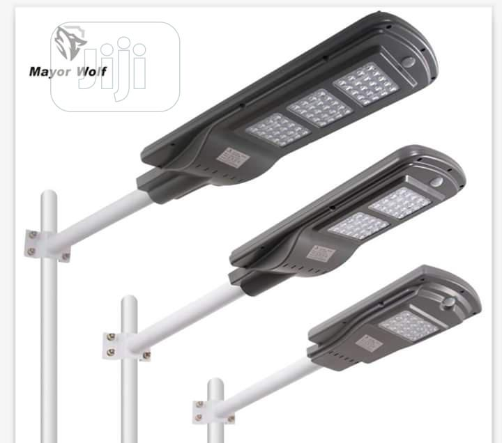 All In One Soler Street Light With Sensors Control 60w