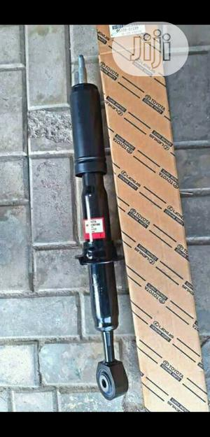 Front Shock Land Cruiser 2015 Origianl   Vehicle Parts & Accessories for sale in Lagos State, Mushin