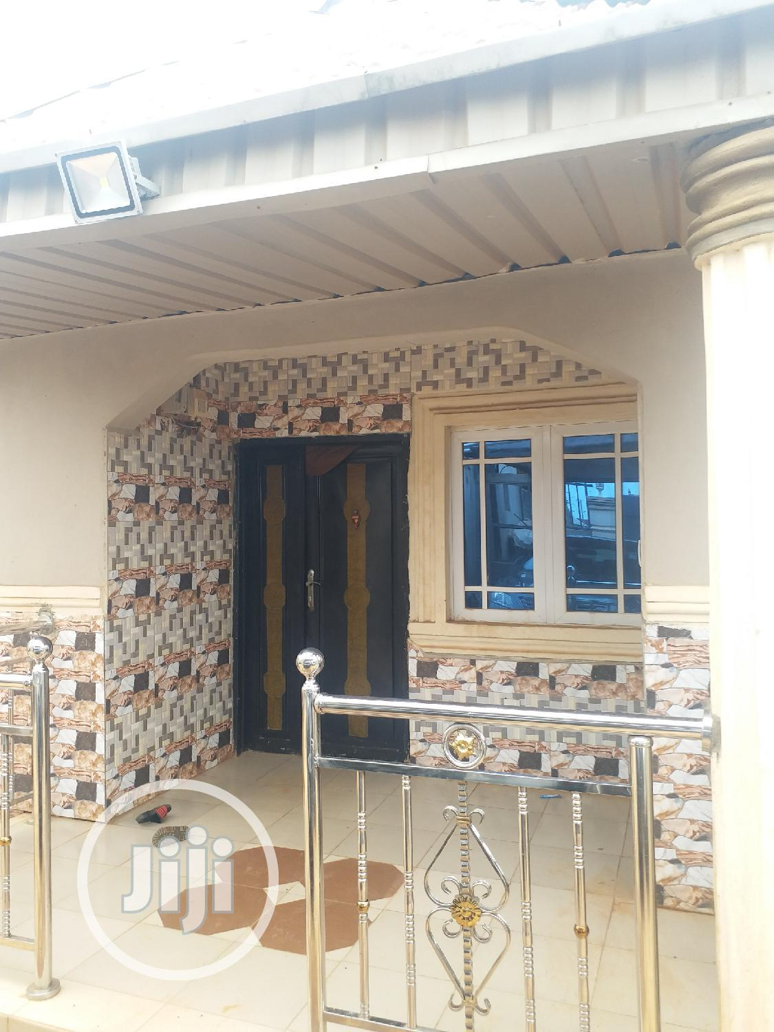 Affordable 2 Bedroom Flat Apartment To Let